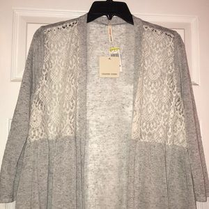 Cardigan- gray and white lace